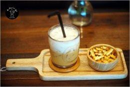 ร้าน Agaligo Coffee อ่างศิลา ไว้วางใจใช้เครื่องทำน้ำแข็ง GenIce กาแฟดี น้ำแข็งสะอาด