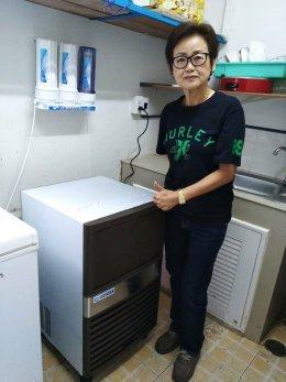 ร้านกูชาชัก เหรียญทองสุพรรณบุรี  ก็ใช้เครื่องทำน้ำแข็ง GenIce