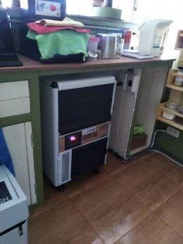 ร้าน LEADER COFFEE เทพารักษ์  ไว้วางใจใช้เครื่องทำน้ำแข็ง GenIce