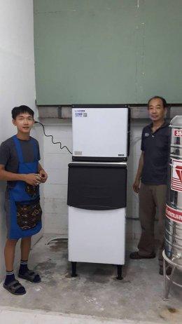 โคซี่พิซซ่า (COZY PIZZA)  ไว้วางใจเครื่องทำน้ำแข็ง GenIce