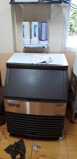 ร้านครัวคุณก้อย จ.ตรัง ก็ใช้เครื่องทำน้ำแข็ง GenIce