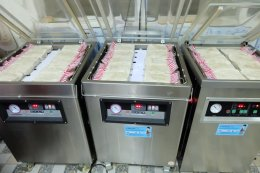 โรงงานผลิตหมูยอ อุบลราชธานี ไว้วางใจ เครื่องทำน้ำแข็งเจ็นไอซ์