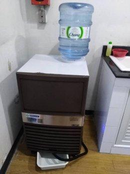จัดไปอีก2เครื่อง ขอบคุณ มหาวิทยาลัยหอการค้าไทย ที่ไว้ใจเครื่องทำน้ำแข็งเจ็นไอซ์อีกครั้ง