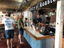 ร้านกาแฟ กระทรวงการคั่ว ไว้วางใจเครื่องทำน้ำแข็งเจนไอซ์