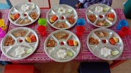 อาหารสำหรับเด็กๆศูนย์พัฒนาเด็กเล็กนูรุลฮูดา เทศบาลตำบลท่าสาป
