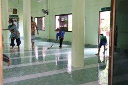 ลงพื้นที่หมู่ 1 ทำความสะอาดและพ่นยาฆ่าเชื้อ COVID-19