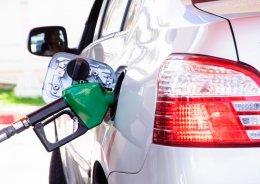 10 วิธีทำให้รถของคุณประหยัดน้ำมันขึ้นแบบไม่ต้องพึ่งตัวช่วย