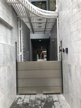 ประตูป้องกันน้ำท่วม ทากะ เฮาส์