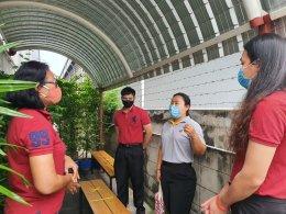 ทีมงาน ส.พ.ส.และพี่เลี้ยงส่งเสริมสุขภาพ จังหวัดสมุทรปราการ จากสถาบันราชประชาสมาสัย  ร่วมให้คำแนะนำกิจกรรมลด ละ เลิกบุหรี่ ของบริษัท โกลโบ ฟู้ดส์ จํากัด