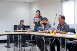 """ทีมงานโครงการส่งเสริมฯ เยี่ยมชมโครงการ """"มัลติแบกซ์สุขภาพดีมีสุข"""" ที่บริษัทมัลติแบกซ์ จำกัด (มหาชน) จังหวัดชลบุรี"""