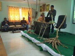 ผู้จัดการมันอบรมให้ความรู้พี่น้องสมาชิกสหกรณ์การเกษตรเพื่อการตลาดลูกค้า ธ.ก.ส. ลำปาง จำกัด
