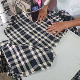 รับผลิตตัดเย็บเสื้อผ้า