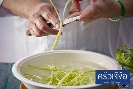 ผัดผักบุ้งฝอย
