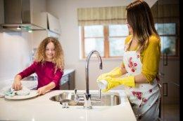5 กิจกรรม ลดน้ำหนักง่ายๆด้วยการทำความสะอาดบ้าน