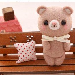 Kit set Felting หมี สูงประมาณ 4.5 x 8 cm.ราคาชุดละ