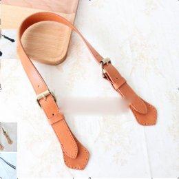 หูกระเป๋าหนังแท้ สีกาแฟ กว้าง 2.5 cm. ยาว 60-70 cm.ราคา/เส้น