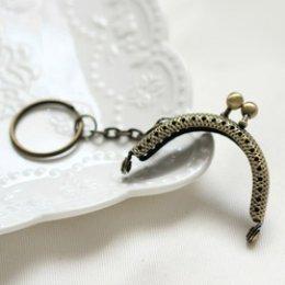 ปากกระเป๋าป๊อกแป๊กจิ๋ว พร้อมห่วงกุญแจ สีบรอนซ์ ขนาด 5 cm.อันละ