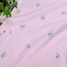 ผ้า cotton & linen ญี่ปุ่น ถุงแป้งลายดอกไม้+สก๊อตพื้นม่วง ขนาด 1/9 เมตร (33*45ซม.)