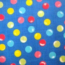 **Sales** ผ้า cotton ญี่ปุ่น ลายจุดหลากสีพื้นฟ้า ขนาด 1/4 เมตร (50*55 ซม.)