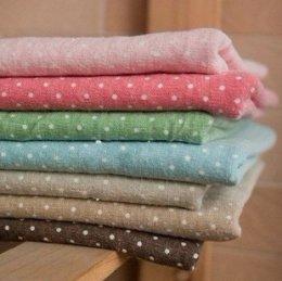 ผ้า cotton & linen Minidot มีให้เลือกทั้งหมด 9 สีด้านในค่ะ  ขนาด 1/9 เมตร (33*45 ซม.)