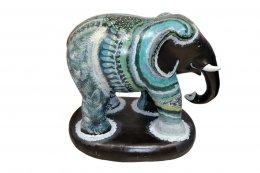 65. ช้างพราง