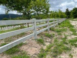 ผลงานการใช้ รั้วคอกม้า (Cowboy Fence)