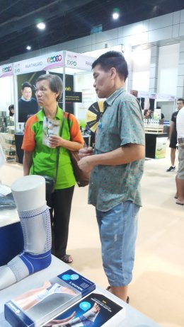 บรรยากาศบูท Finecare ที่งาน Thailand Health & Wellness Expo