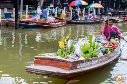 Authentic Thai way of living & non-touristic Floating Market