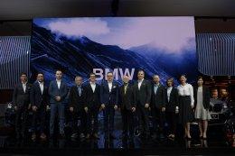 บีเอ็มดับเบิลยู กรุ๊ป ประเทศไทย เผยโฉมทัพยนตรกรรมสุดพรีเมียมและเทคโนโลยีล้ำสมัย นำโดย บีเอ็มดับเบิลยู X3 M ใหม่ และ บีเอ็มดับเบิลยู X4 M ใหม่ ในงานมหกรรมยานยนต์ ครั้งที่ 36