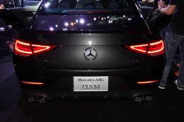 เมอร์เซเดส-เบนซ์ ครองแชมป์ผู้นำตลาดรถหรู 18 ปีซ้อน  ด้วยยอดขาย 15,785 คัน พร้อมเปิดตัวแรงรับต้นปี จัดหนัก 2 รุ่นใหม่ตระกูลเมอร์เซเดส-เอเอ็มจี 53  อย่าง CLS 53 4MATIC+ รุ่นประกอบในประเทศ และ E 53 4MATIC+ Coupé รุ่นนำเข้า