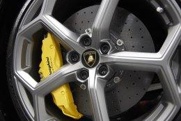 คันแรกของไทย! น็อต-วิศรุต รับมอบลัมโบร์กินี ฮูราแคน อีโว ถึงแดนกระทิงดุ  กับ Lamborghini La Prima ที่สุดแห่งความเอ็กซ์คลูซีฟ