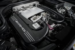 ขีปนาวุธแห่งท้องถนน Mercedes-AMG GLC 63 S 4MATIC+ Coupé ราคา 10,790,000 บาท