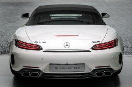 เมอร์เซเดส-เบนซ์ เปิดตัว 2 ยนตรกรรมสปอร์ตพันธุ์แรงโฉมใหม่ Mercedes-AMG GT C Roadster และ Mercedes-AMG GT 63 S 4MATIC+ 4-Door Coupé