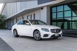เปิดตัวแล้ว Mercedes-Benz E 300 e รุ่นใหม่ ประกอบในประเทศ แรงขึ้น ประหยัดกว่าเดิม แบตเตอรี่ประจุไฟได้มากกว่าเดิม