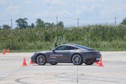 """Porsche Driver's Safety Training 2019  เอเอเอสฯ จัดกิจกรรมสร้างความมั่นใจในการขับขี่รถยนต์ปอร์เช่อย่างปลอดภัย ตอกย้ำนโยบาย """"ดูแลทั้งรถและคุณ"""""""