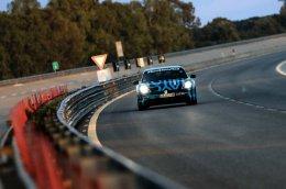 ปอร์เช่ ไทคานน์ (Porsche Taycan) คันต้นแบบ ผ่านการวิ่งทดสอบระยะยาวใน Nardò