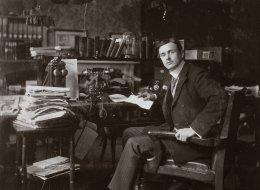 โรลส์-รอยซ์ มอเตอร์ คาร์ส กับ 116 ปี บนเส้นทางประวัติศาสตร์อันโดดเด่น
