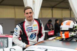 ร่วมเชียร์ AAS Motorsport by Absolute Racing ขึ้นครองโพเดี้ยม Porsche Carrera Cup Asia ณ ประเทศออสเตรเลีย