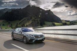 เมอร์เซเดส-เบนซ์ ส่งสุดยอดแคมเปญต้อนรับปีใหม่ จัดหนักทั้ง ดอกเบี้ย 0% และประกันชั้นหนึ่ง กับรถยนต์ 3 รุ่นยอดฮิต  Mercedes-Benz GLC, S-Class และ E-Class