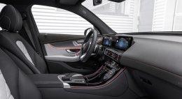 """""""เบนซ์เปิดตัว EQC รถยนต์อเนกประสงค์พลังงานไฟฟ้าคันแรกของค่ายที่กรุงสตอกโฮล์ม"""""""