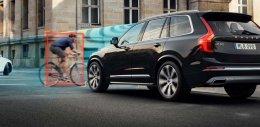 วอลโว่ คาร์ ร่วมกับ พีโอซี เปิดโครงการทดสอบหมวกกันน็อกจักรยาน  เมื่อชนปะทะกับรถยนต์ครั้งแรกของโลก