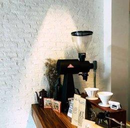 """""""Life coffee at home"""" จังหวัดสุรินทร์ ใช้อิฐมอญตันมือ แต่งร้าน"""