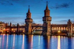 Oberbaum bridge and river