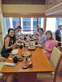 เข้าร่วมรับประทานอาหารกลางวันกับ Mr.Sigeo Ishikura ประธานบริษัท Asahi Alex Asia Co.,Ltd.