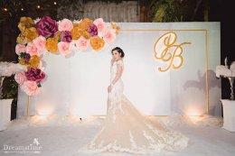 6 สิ่งที่ต้องพิจารณาก่อนที่จะเลือกสีชุดแต่งงานของคุณ