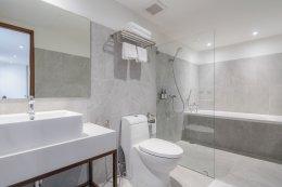 ห้องซุพีเรียพร้อมอ่างอาบน้ำ