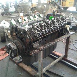 เครื่องยนต์ Benz รุ่น OM444LA ของรถกัดล้อยาง Wirtgen