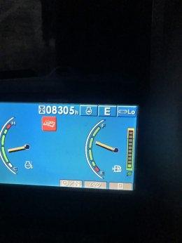 วันที่ 26 กุมภาพันธ์ 61 (ค่ำ) รถแบ็คโฮ KOMATSU PC200-8