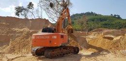 วันที่ 19 เมษายน 61 ว่าที่เจ้าของใหม่รถแบ็คโฮ HITACHI ZX200-3 สภาพดี พร้อมใช้งาน