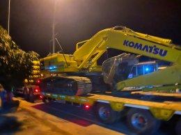 วันทำสัญญาซื้อขายและส่งมอบKOMATSU_PC200_8M0พี่นพพรกาญจนบุรี